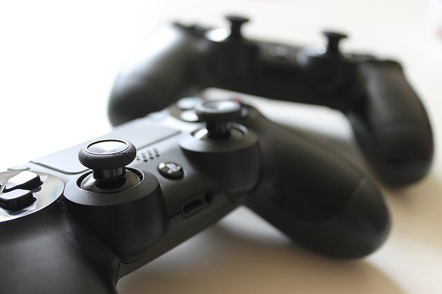 joystick, konzola, hry.jpg